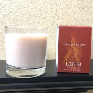 Clove scented candle